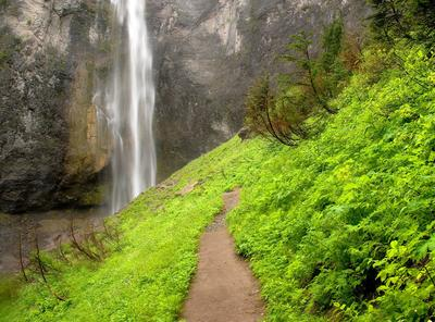 Comet Falls, Mount Rainier National Park, Washington